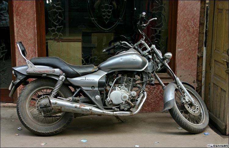 http://danila85.com/livejournal/2009/motorbikes/avenger1.jpg