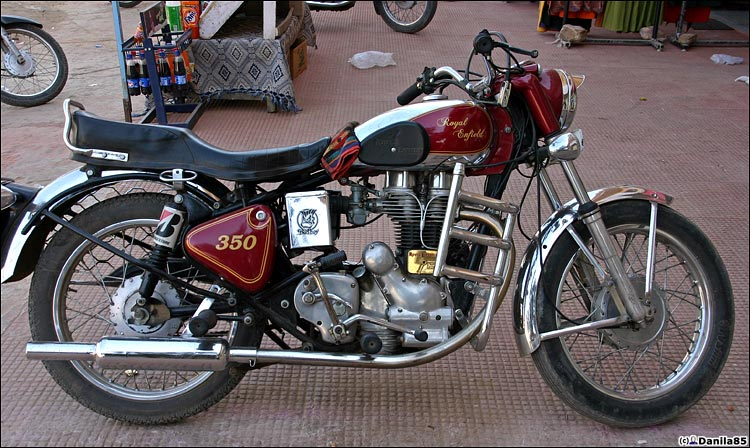 http://danila85.com/livejournal/2009/motorbikes/enfield4.jpg