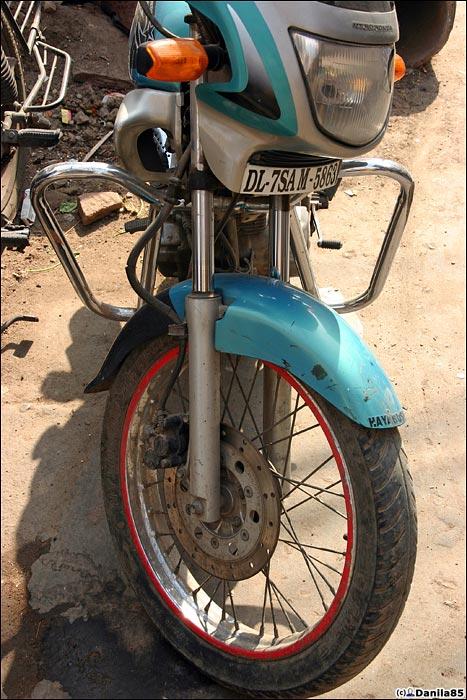 http://danila85.com/livejournal/2009/motorbikes/hero_cb3.jpg