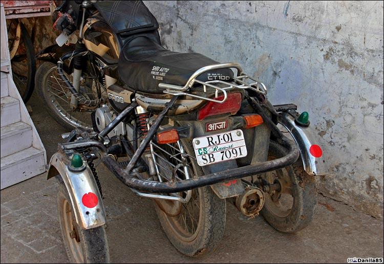 http://danila85.com/livejournal/2009/motorbikes/invalid.jpg