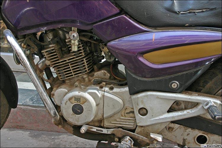 http://danila85.com/livejournal/2009/motorbikes/pulsar2.jpg