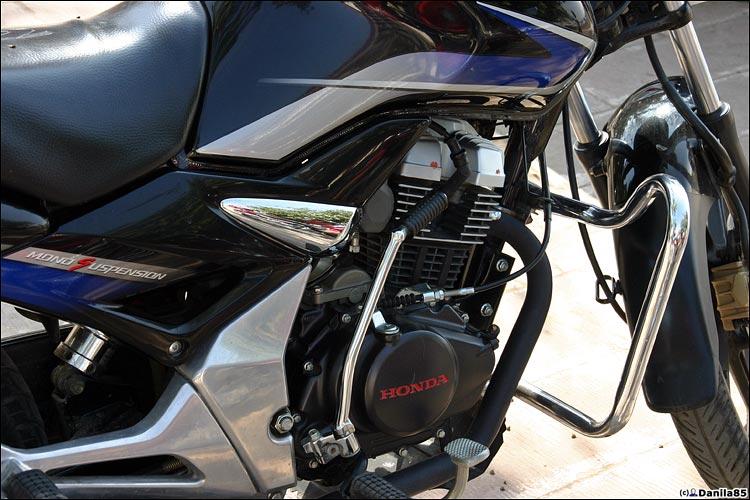 http://danila85.com/livejournal/2009/motorbikes/unicorn2.jpg