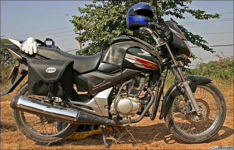 http://danila85.com/livejournal/2009/motorbikes/unicorn4.jpg