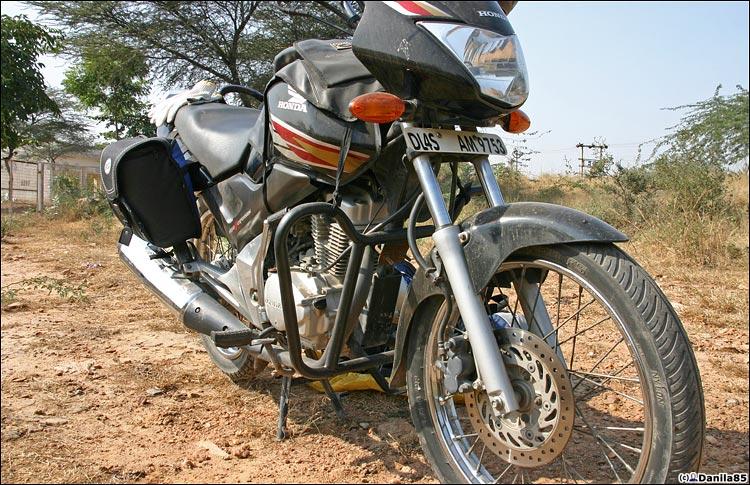 http://danila85.com/livejournal/2009/motorbikes/unicorn6.jpg